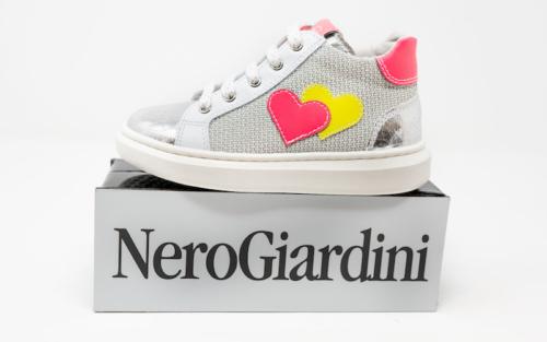 DSC01182 1 500x313 - Nero Giardini enfants