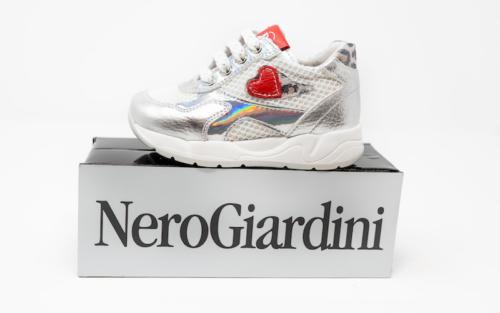 DSC01183 1 500x313 - Nero Giardini enfants