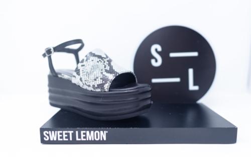 Chaussures Dethier 25 1 500x313 - Sweet Lemon